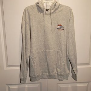aca7bcfd7 Dunbrooke Shirts - DENVER BRONCOS Sports Illustrated Sweatshirt XXL